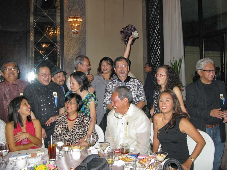 Manila.-Palanca.-Group-shot