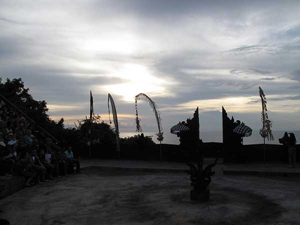 bali-at-ramayana-theater